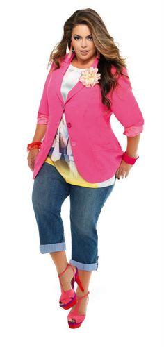 20af783a8 Особое внимание мы уделяем поставкам женской одежды больших размеров.